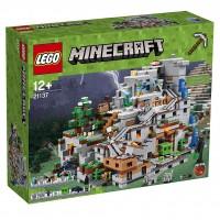 LEGO® Die Berghöhle 21137