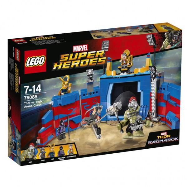 Thor gegen Hulk in der Arena